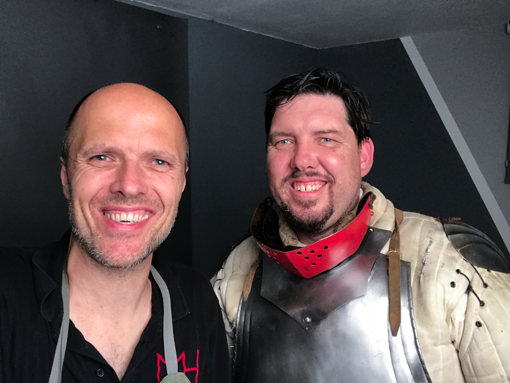 Markus_Hofstaetter_mhaustria.com_Medieval_Knight_Sword_Fighter_selfie