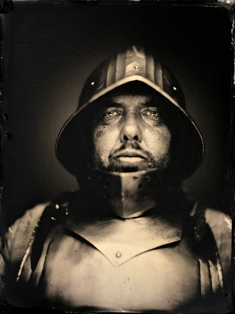 Markus_Hofstaetter_mhaustria.com_Medieval_Knight_Sword_Fighter_wetplate_portrait
