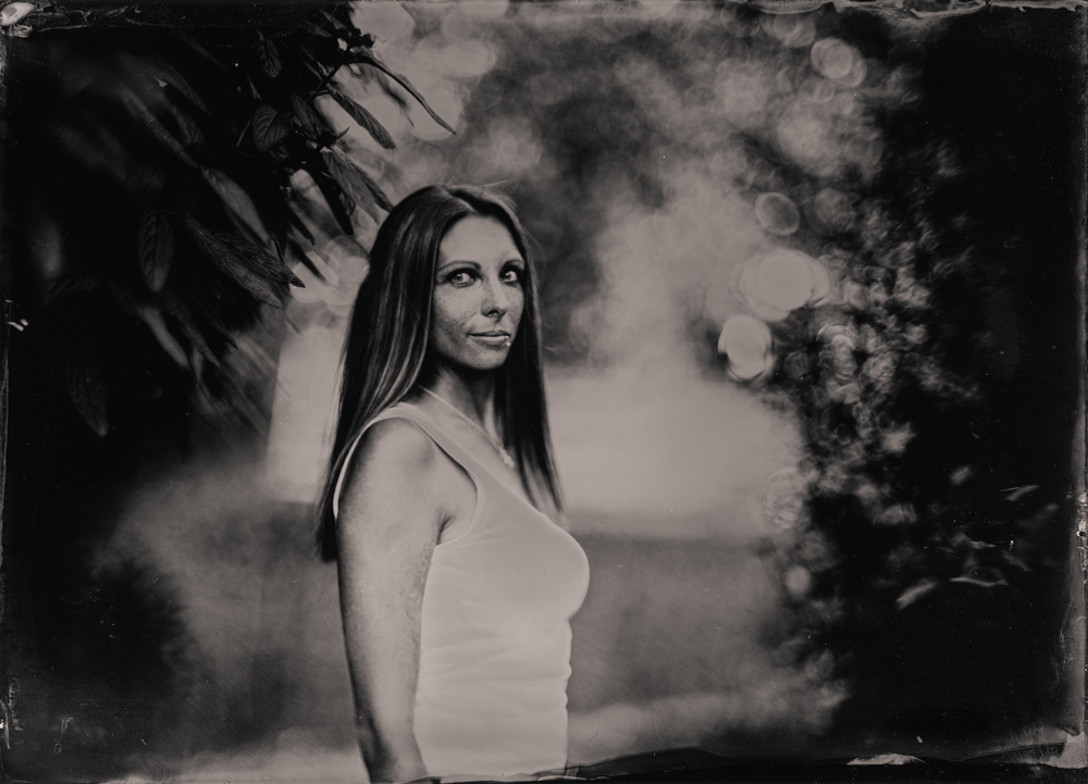 Shooting_Wet_Plate_Portraits_with_an_affordable_Large_Format_Bokeh_Monster_Markus_Hofstaetter_mhaustria.com_wet_plate_Portrait_Tanja