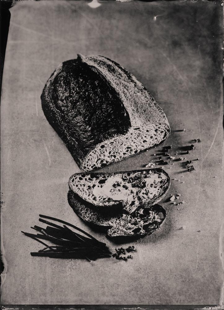 sourdough_bread_wet_plate_food_photography_markus_hofstaetter_hans_gerlach_mhaustria.com_4
